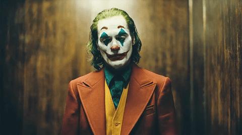 映画ジョーカーは年齢制限ある?主題歌や吹き替え情報も調査!